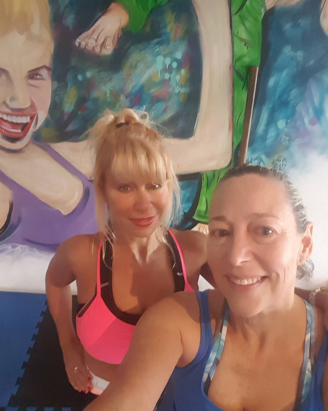 Monday morning Back in the gym with my new very glam personal trainer Tina Age before beauty here in this photo!