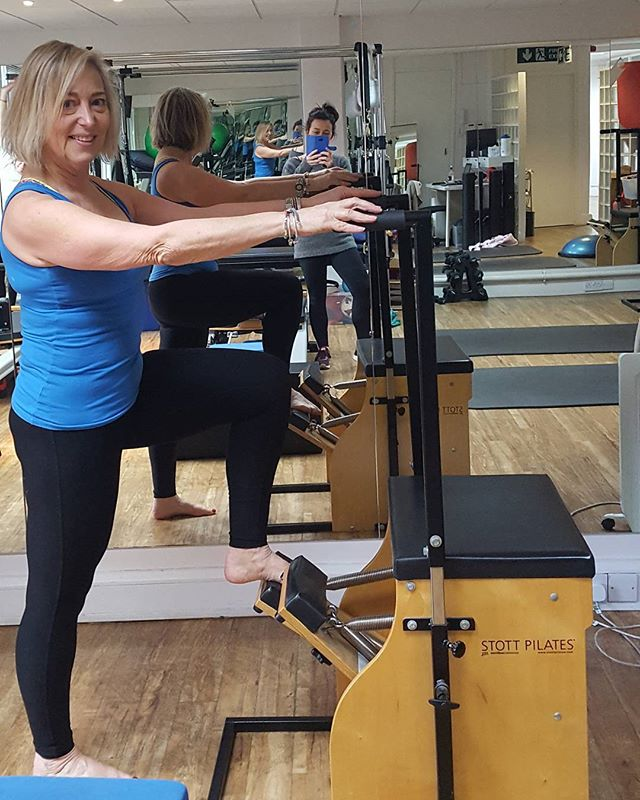 Back to the pilates reformer this week.  Great for keeping the body mobile and for strong core and glutes. With core strength the back is supported and the knees will have less issues with tracking or injuries.