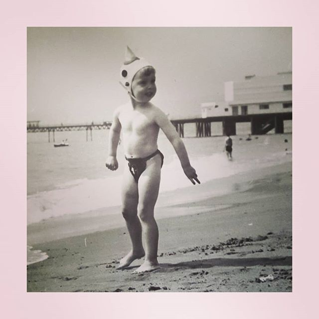 What was my mother thinking?  As we are having a heatwave I thought I'd post a childhood seaside photo of me Tb to Summer maybe 1960.  This is me on the beach in the Isle of Wight (Sandown I think) .  Not convinced about my mother's choice of my swimwear outfit! Sharks fin swim cap and an interesting style bikini bottom. . . . . .