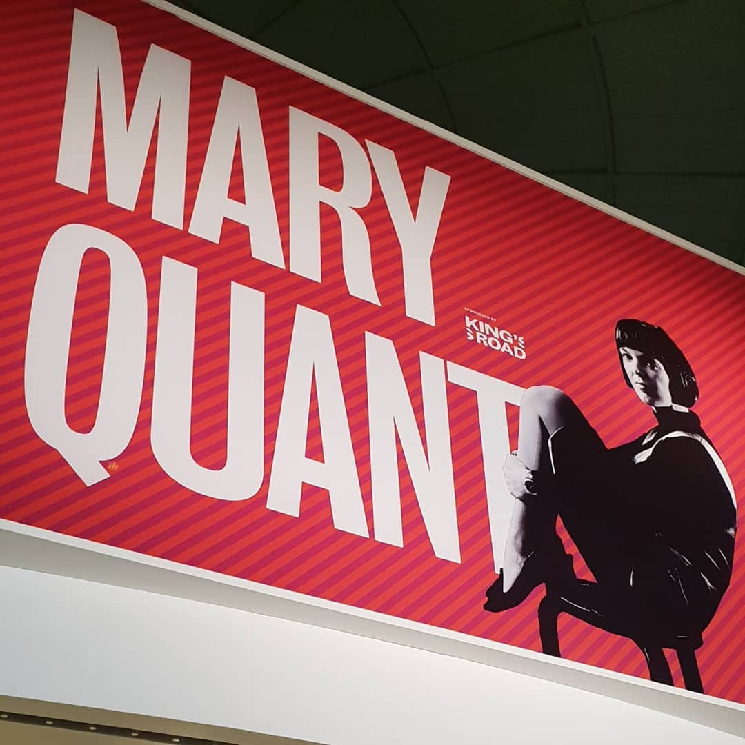 The Mary Quant retrospective at the V&A museum.  The first of 2 posts of 10 video clips and photos. Such an iconic designer that not only created fashion history in the 1960's but changed how girls dressed-no longer like their mothers. Fashion was suddenly fun. Quant personified swinging London and the Kings Road Chelsea . . . .  #@kingsroad.london @V_and_A @vamuseum @martinsproperties