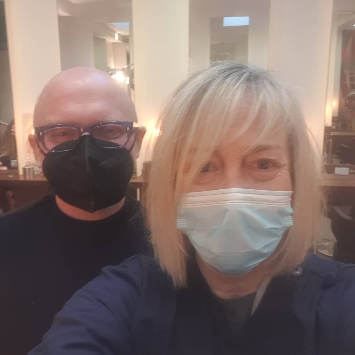 Who is behind the mask?  . All gowned and masked up and at last my new 2021 haircut. . With the talented @darrenfowlerhair London whom I recommend all my 1-2-1 personal makeover and clients to go to.  He's great with all sorts of hair - fine, thin, curly, thick etc and also understanding the needs of the very diverse clients I send him. . . .